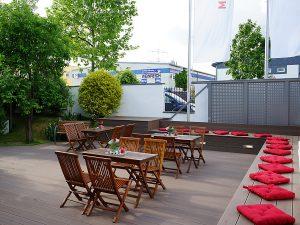 Terrasse in der Manufaktur. Individuelle Eventlocation Veranstaltungsraum für Köln - Bonn by METZ